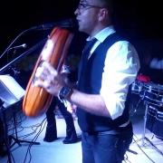 Cantante música variada Omar ochoa